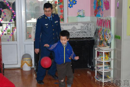 徐州空军蓝天幼儿园举行幼儿体能技巧比赛